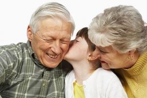 También los abuelos tienen derecho a una indemnización por la muerte de un nieto en un accidente de tránsito en Italia.