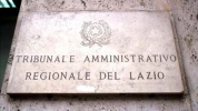 The T.A.R. of Lazio suspends the refusal of visa.